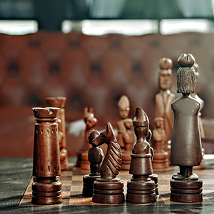chessboard-strategy-photo
